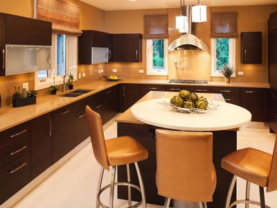 Quartz Countertops All The Basics Of This Stone Subsute Kitchen Ideas