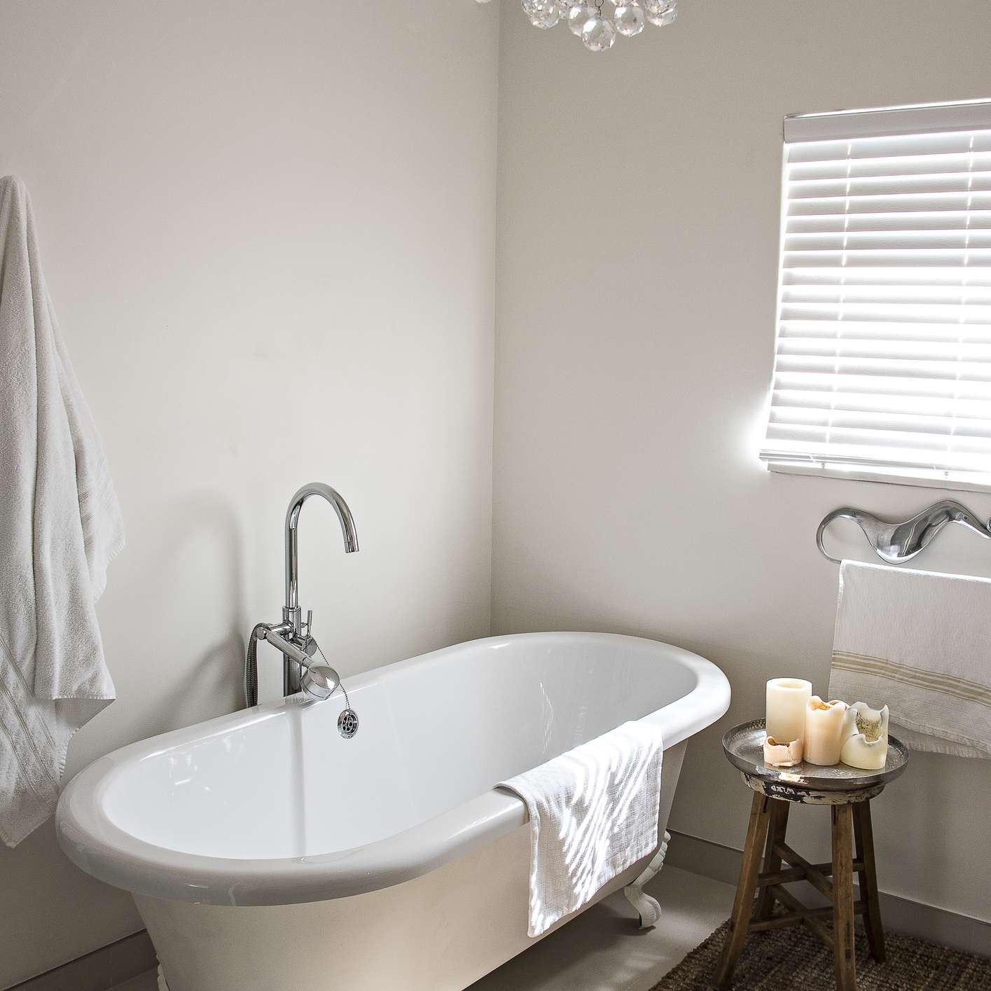 French country style bathroom