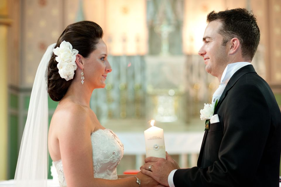 Bride & groom in ceremony
