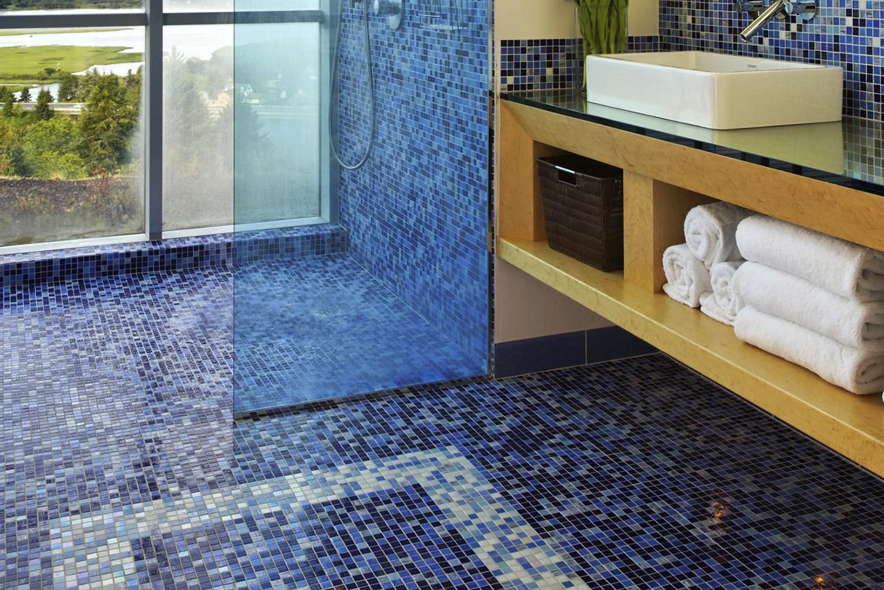 The Pros And Cons Of Mosaic Glass Tile Flooring