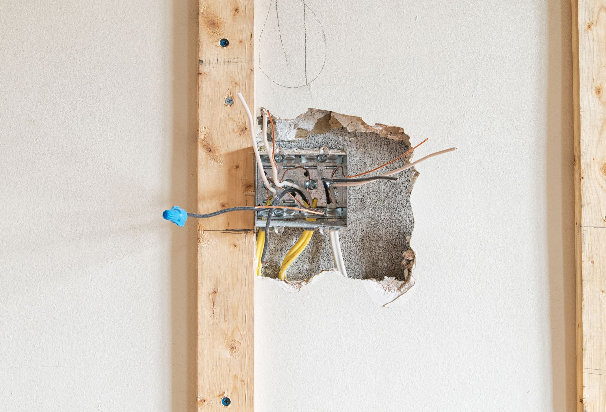 Install Electrical Wires In Closed Walls