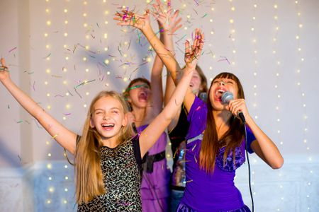 How to Throw a Karaoke Party for Kids