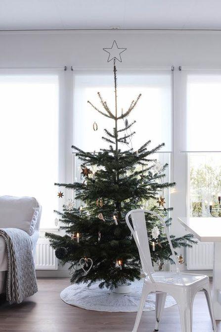 Árbol de Navidad moderno pequeño