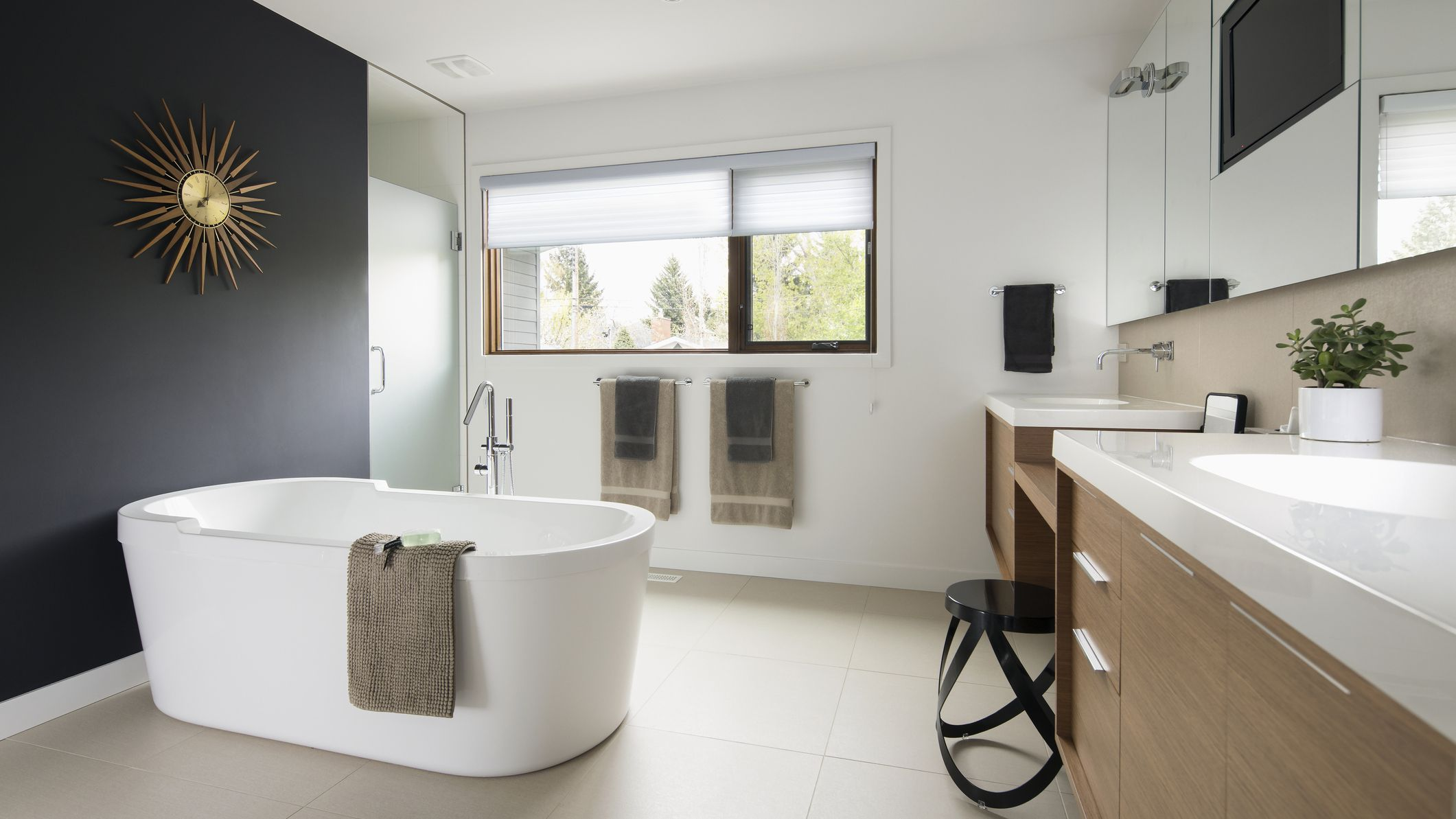 11 Ideas for Modern-Style Bathrooms