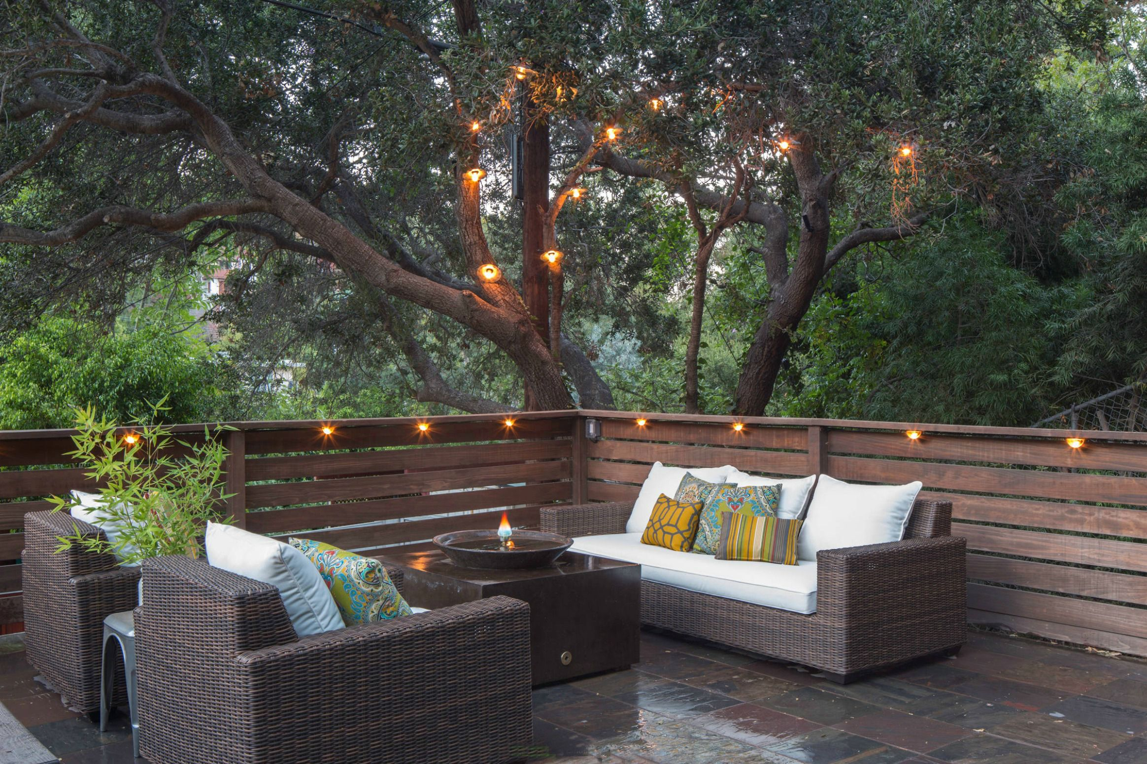 Picture of: 15 Deck Lighting Ideas For Every Season