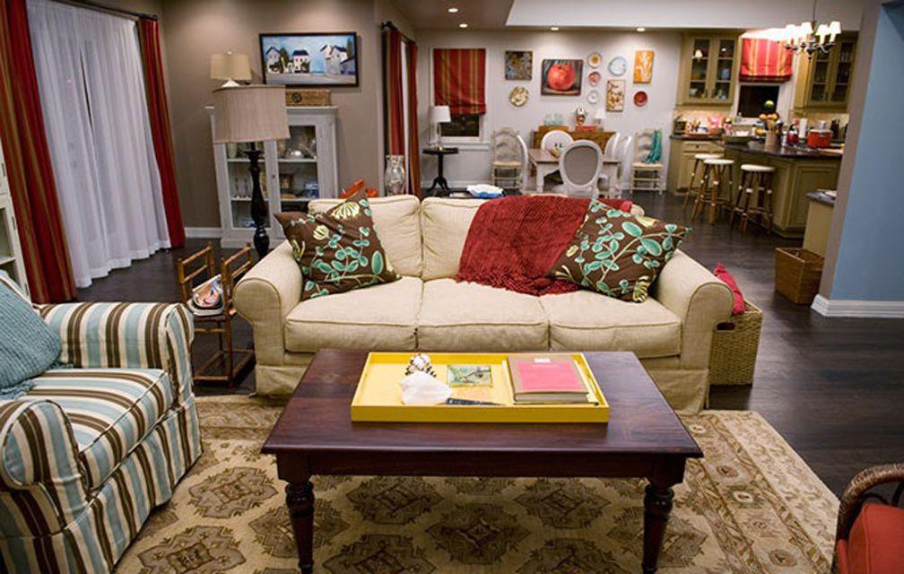 Modern Family's great room