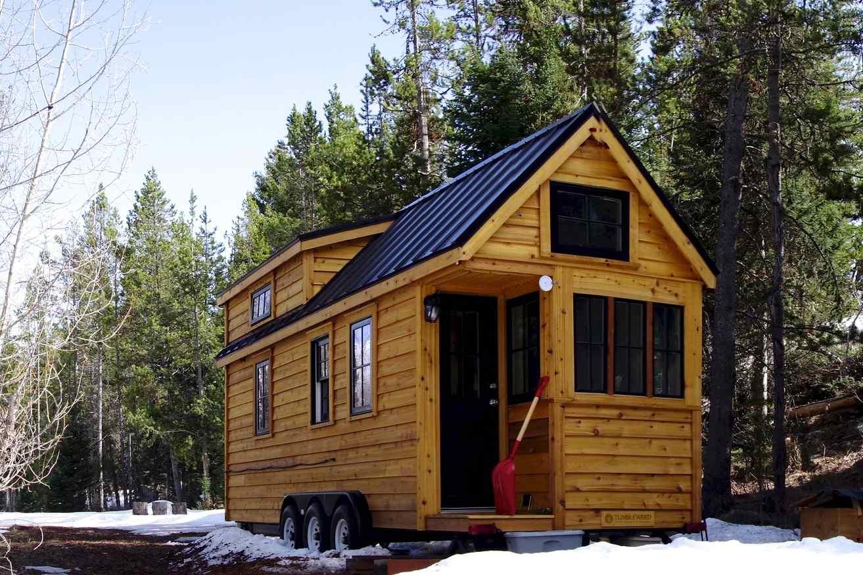 Tiny house on wheels snow tiny house insurance