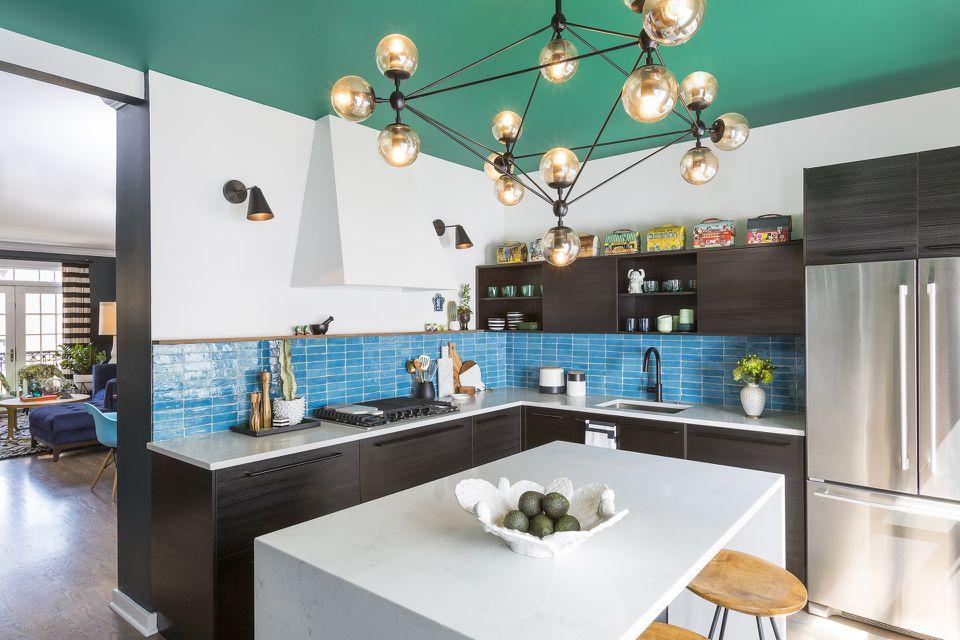 Emerald green ceiling in kitchen