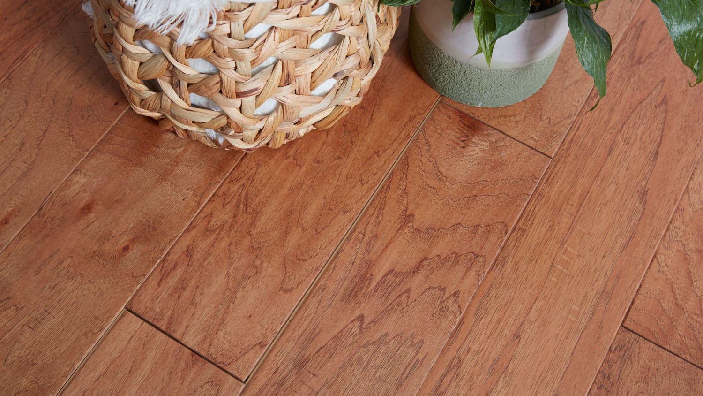Why Your Engineered Wood Flooring Has Gaps, Laminate Flooring Problems Gaps