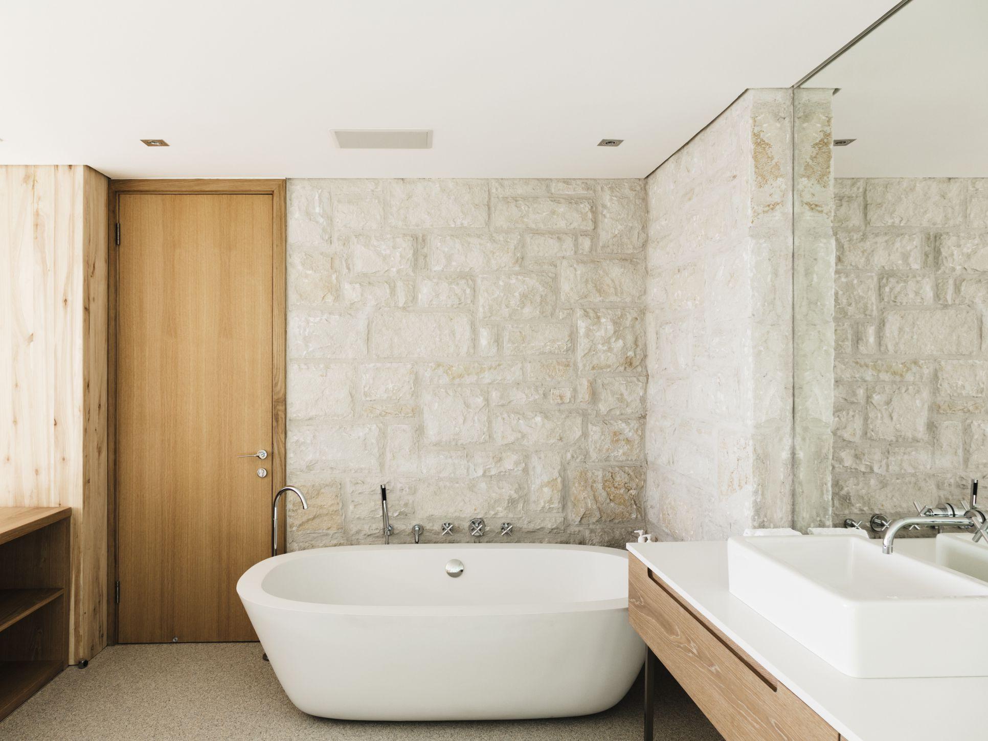Di Vs Professional Bathtub Shower Refinishing