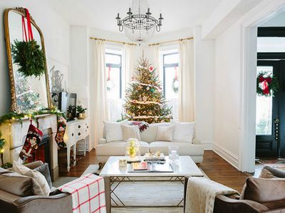 The Latest Holiday Decorating Color Schemes And Combos To Try