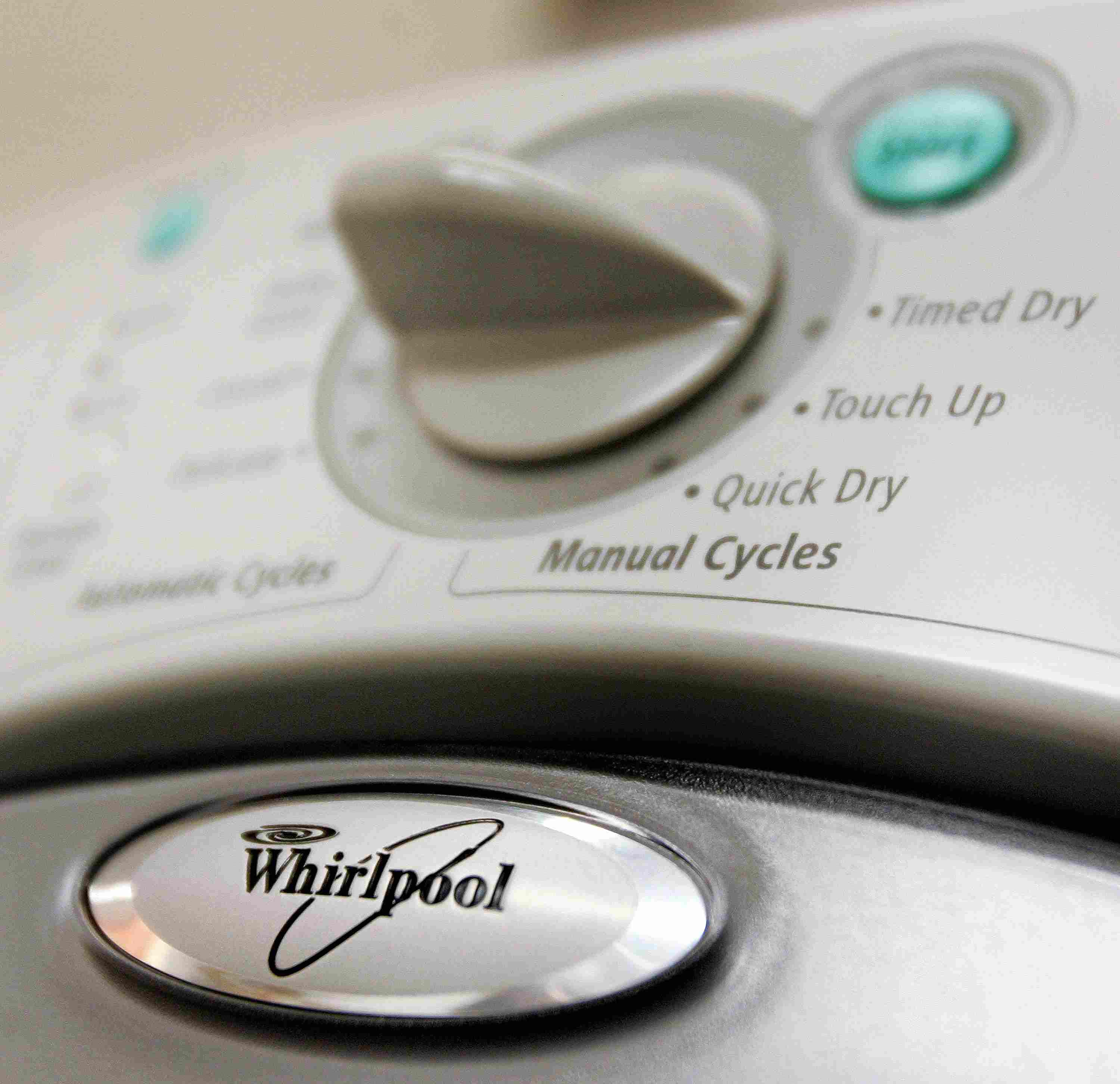 9 Frugal Laundry Tips To Save Money