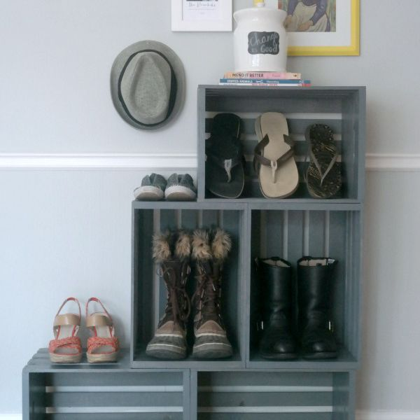 How to organize shoes using wooden crates
