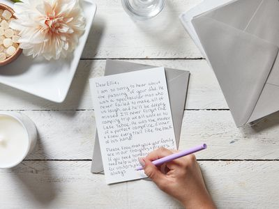 how to properly write a sympathy card