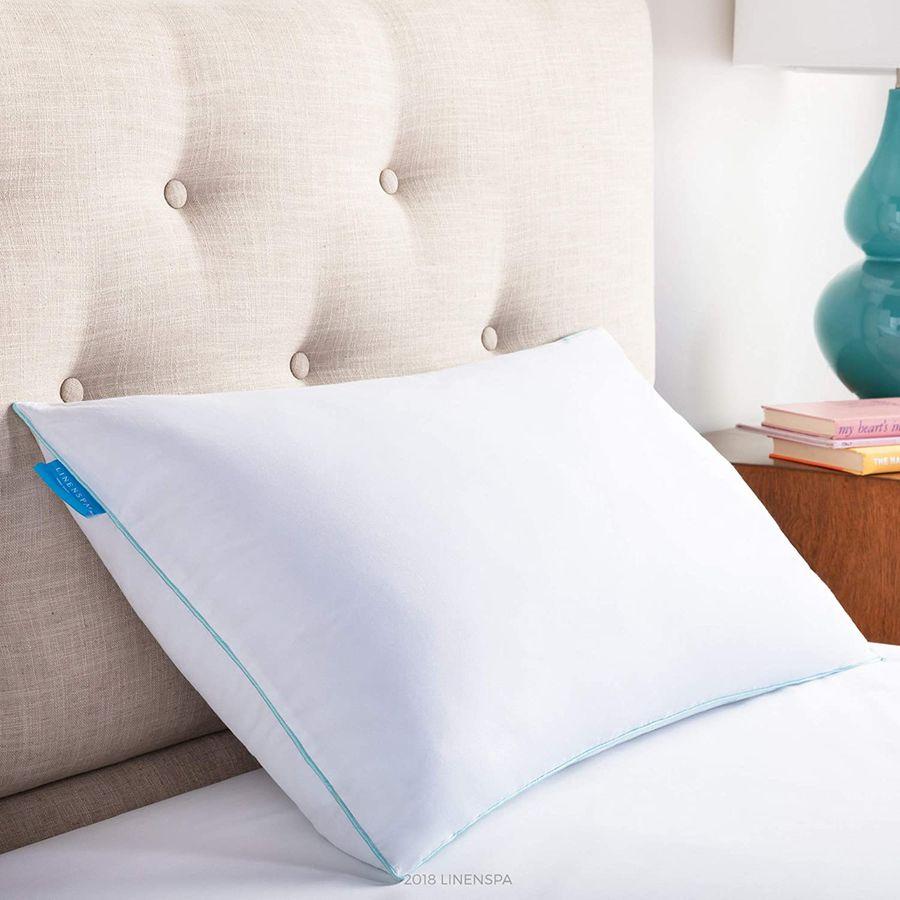 Formtastic Contoured Sleep Hypoallergenic /& Antibacterial Memory Foam Pillow