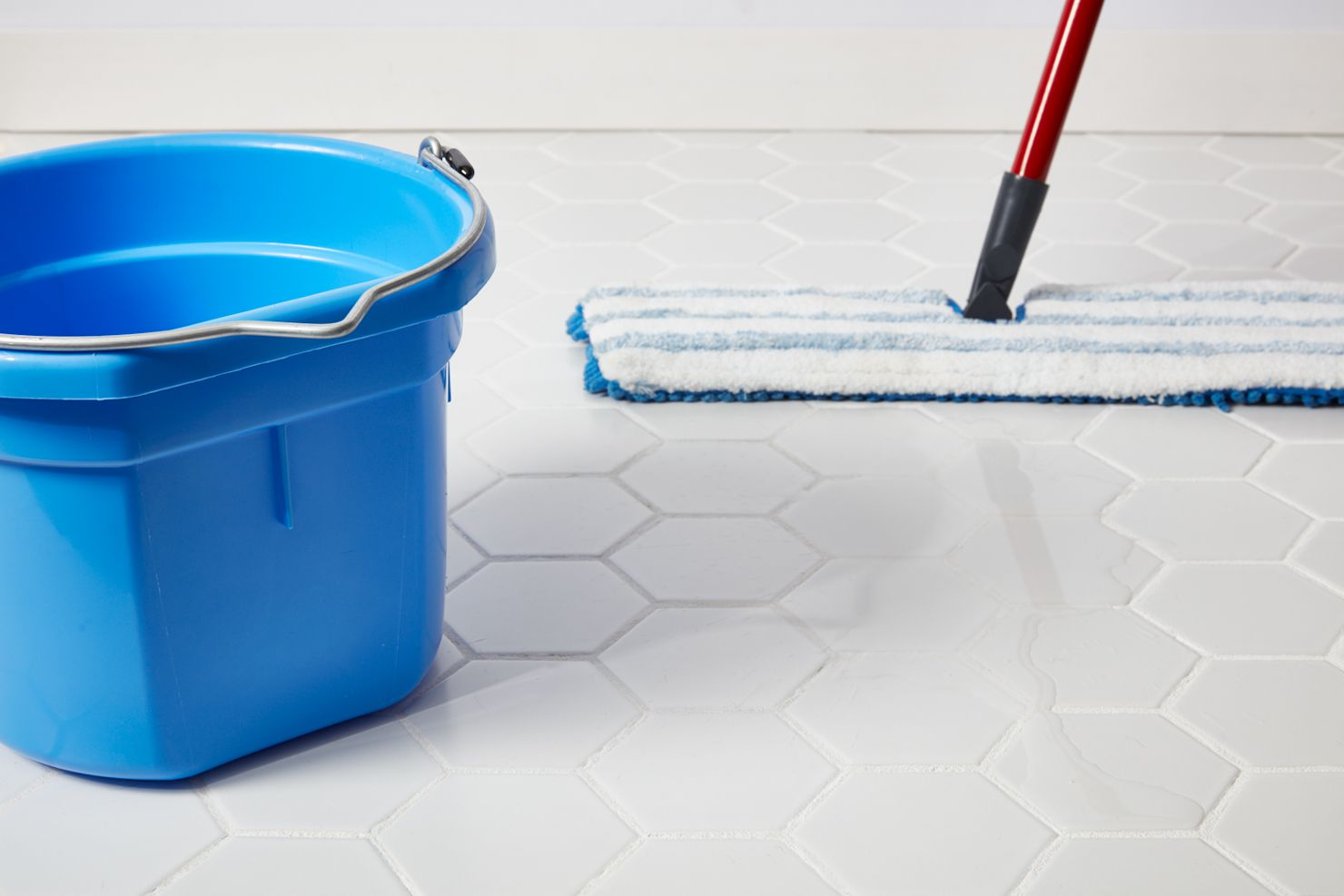Cleaning tile floor with plain water