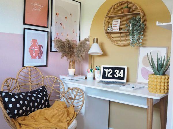 Sam Taylor-Crooks pink room