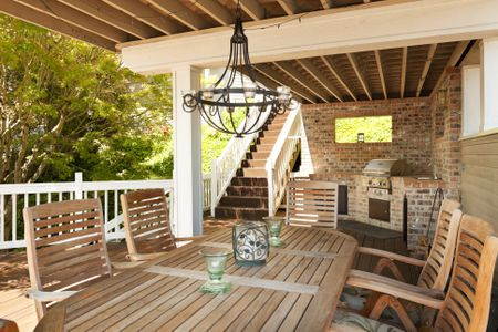 Why You Should Build an Outdoor Kitchen