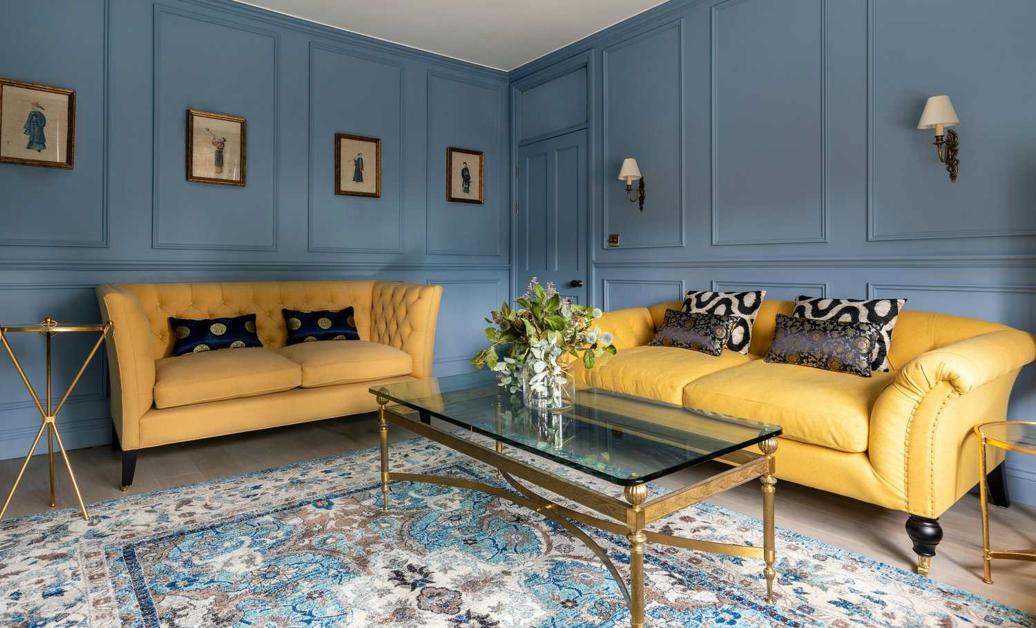 Groovy 19 Gorgeous Living Room Color Schemes For Every Taste Squirreltailoven Fun Painted Chair Ideas Images Squirreltailovenorg