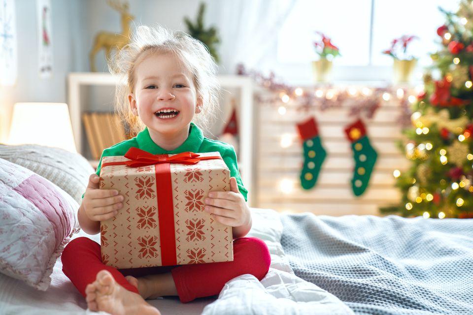 christmas-present-girl