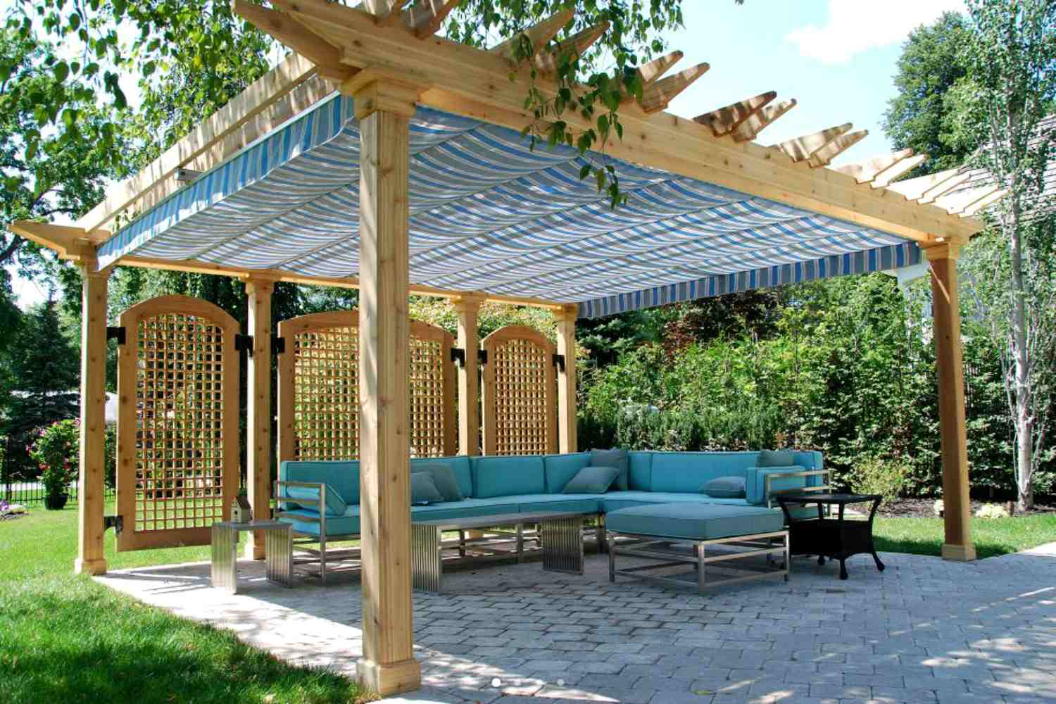 15 Shade Ideas For Your Outdoor E
