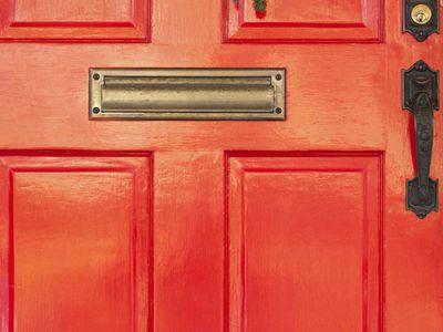 feng shui red color front door south