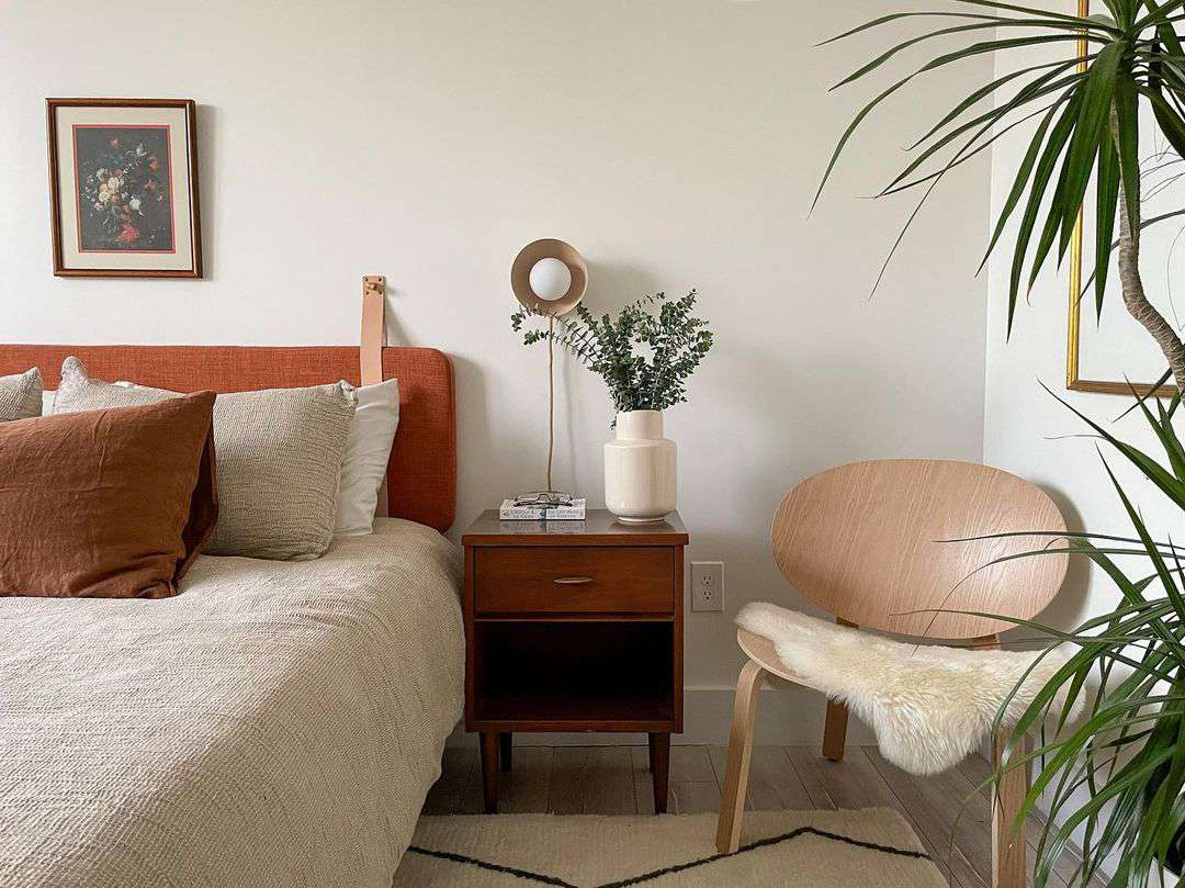 apartment bed styling