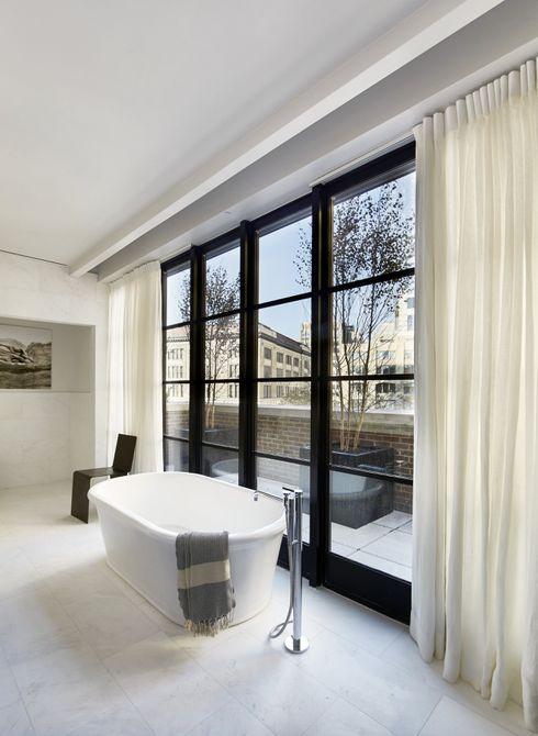 bañera en un apartamento soho