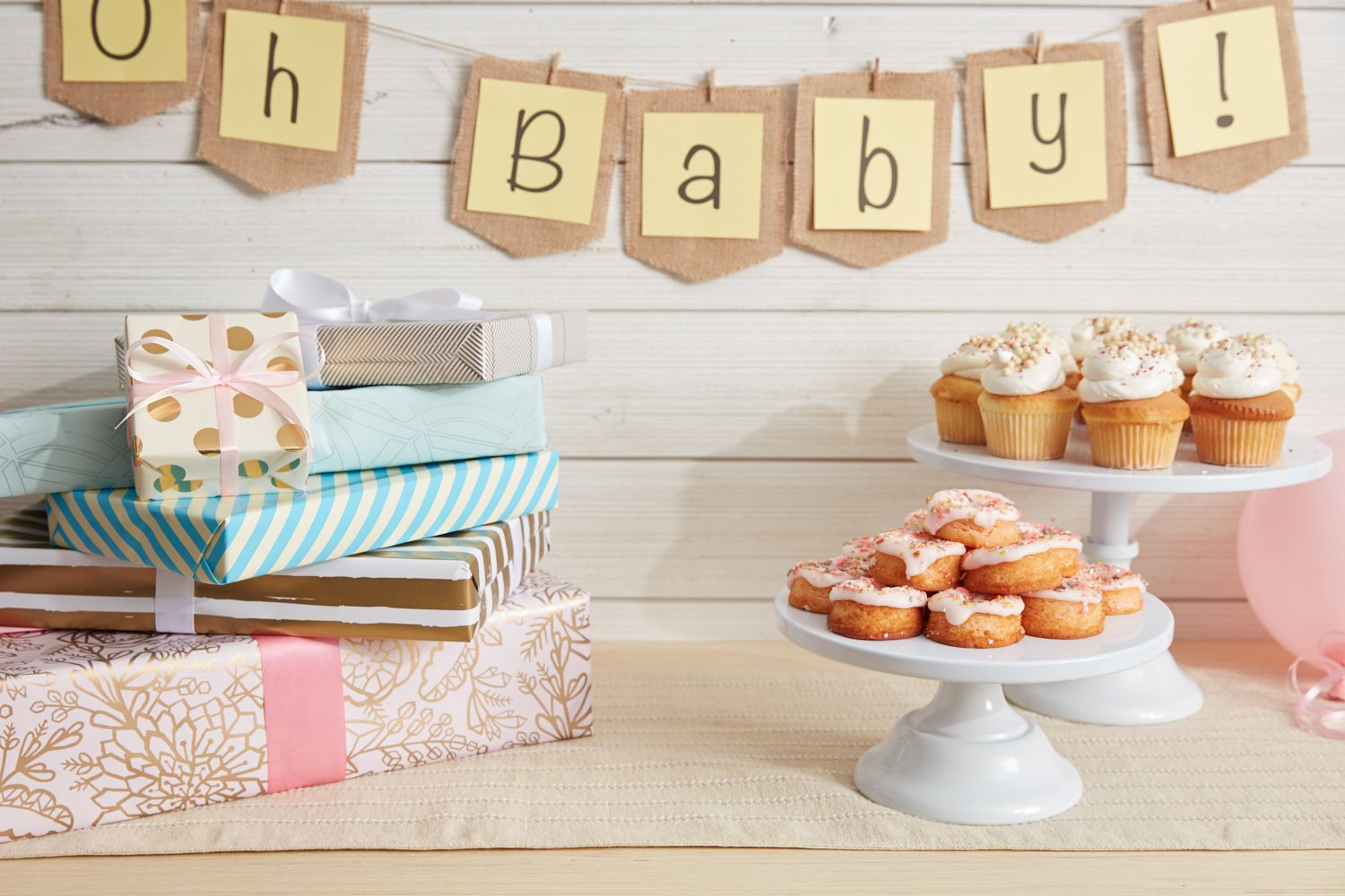 What S The Deal With Baby Shower Hostess Gifts