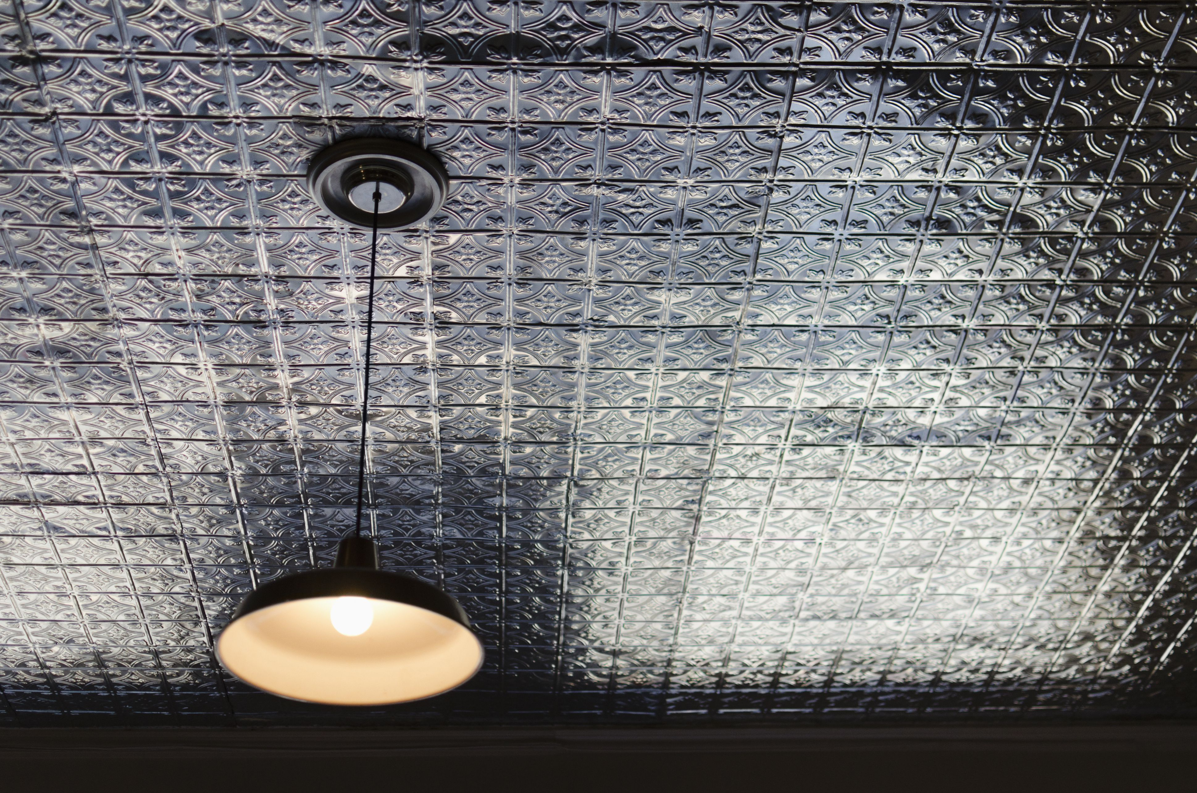 Guide To Metal And Faux Metal Ceiling Tiles