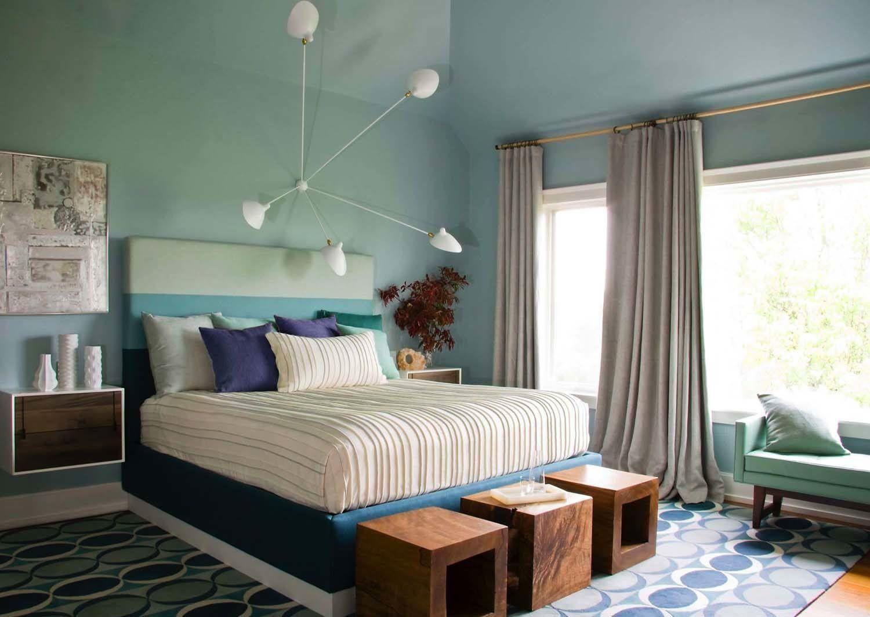 Angular light fixture in bedroom.