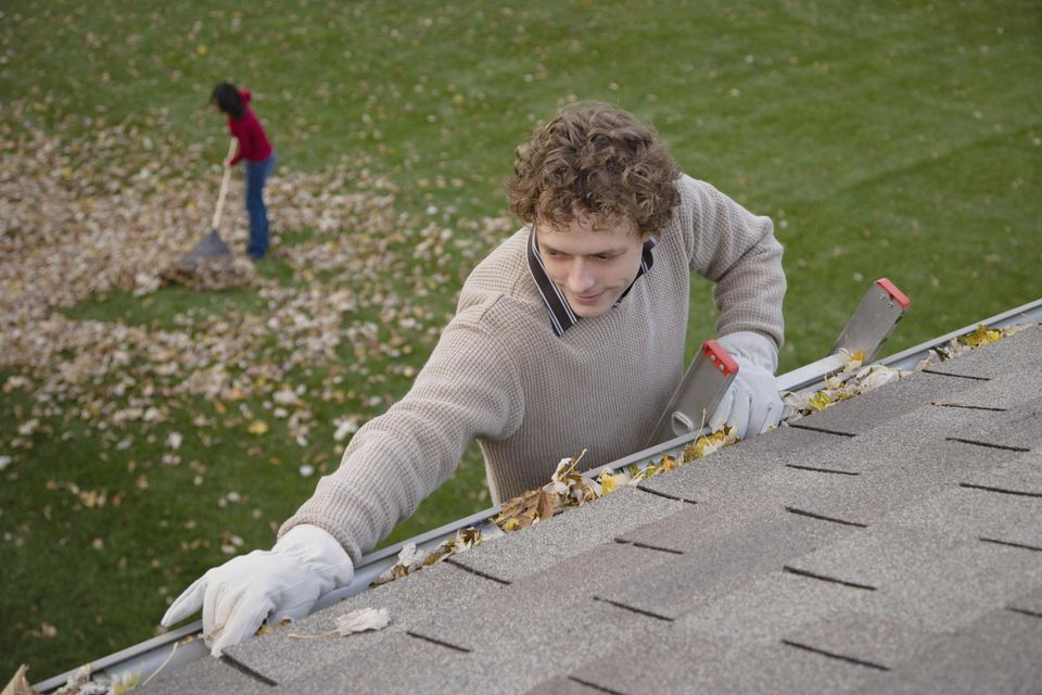 Different Advantages Of Proper Gutter Maintenance