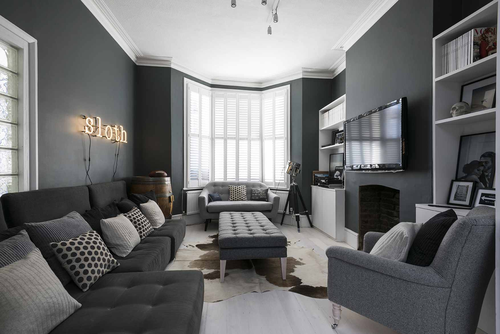 . Beautiful Gray Living Room Ideas