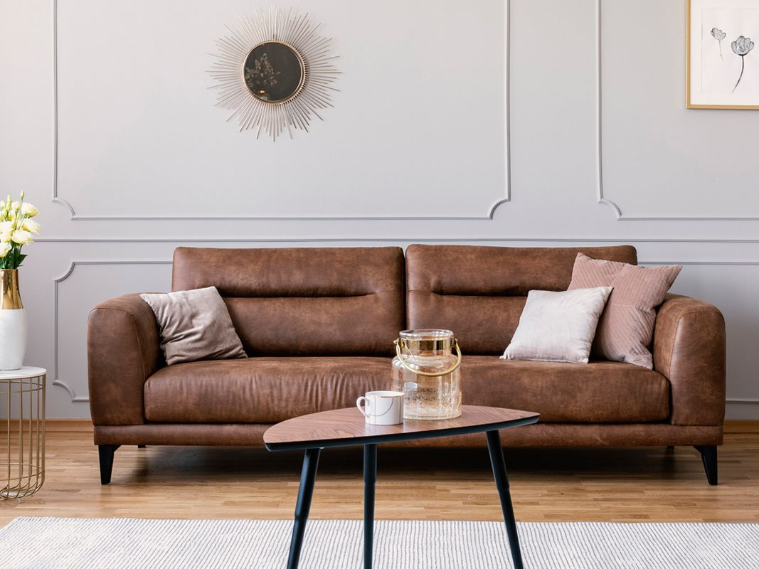 Brown Living Rooms That Prove It S A, Brown Couch Living Room