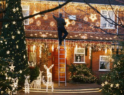 The 8 Best Outdoor Christmas Lights Of 2020