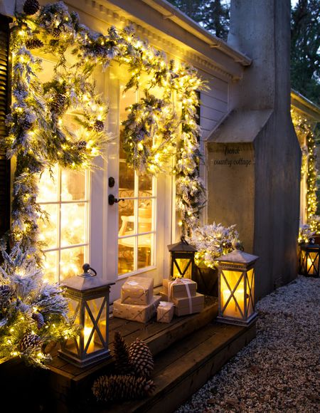 Flocked Greenery and Battery Operated Lights. Outdoor Christmas Lights  backyard - 14 Best Outdoor Christmas Lights Displays For Your Yard