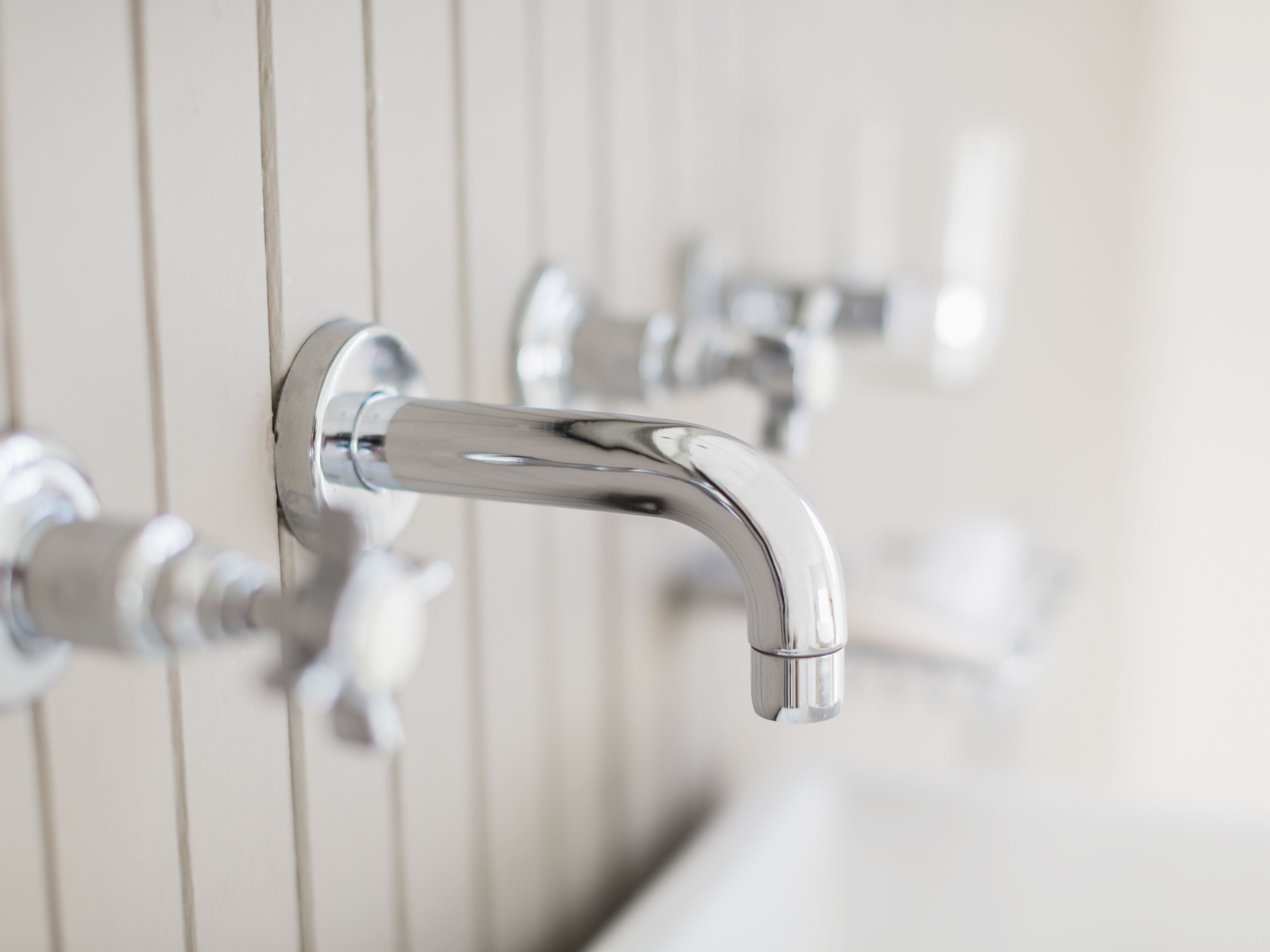 Picture of: How To Remove And Replace A Tub Spout