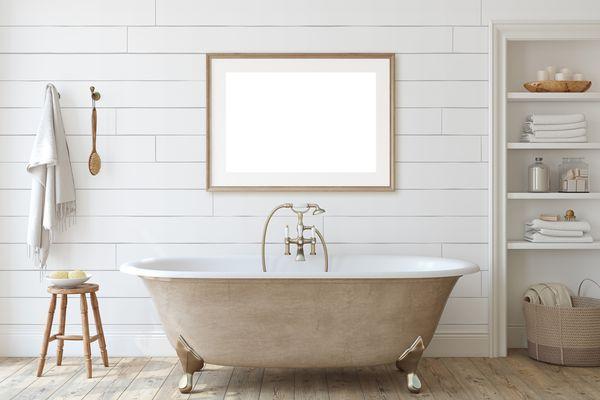 Shiplap Siding in Bathroom