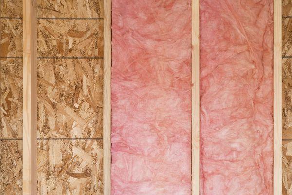 Wall with fiberglass insulation