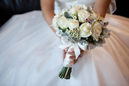 The Ultimate Wedding Flower Checklist
