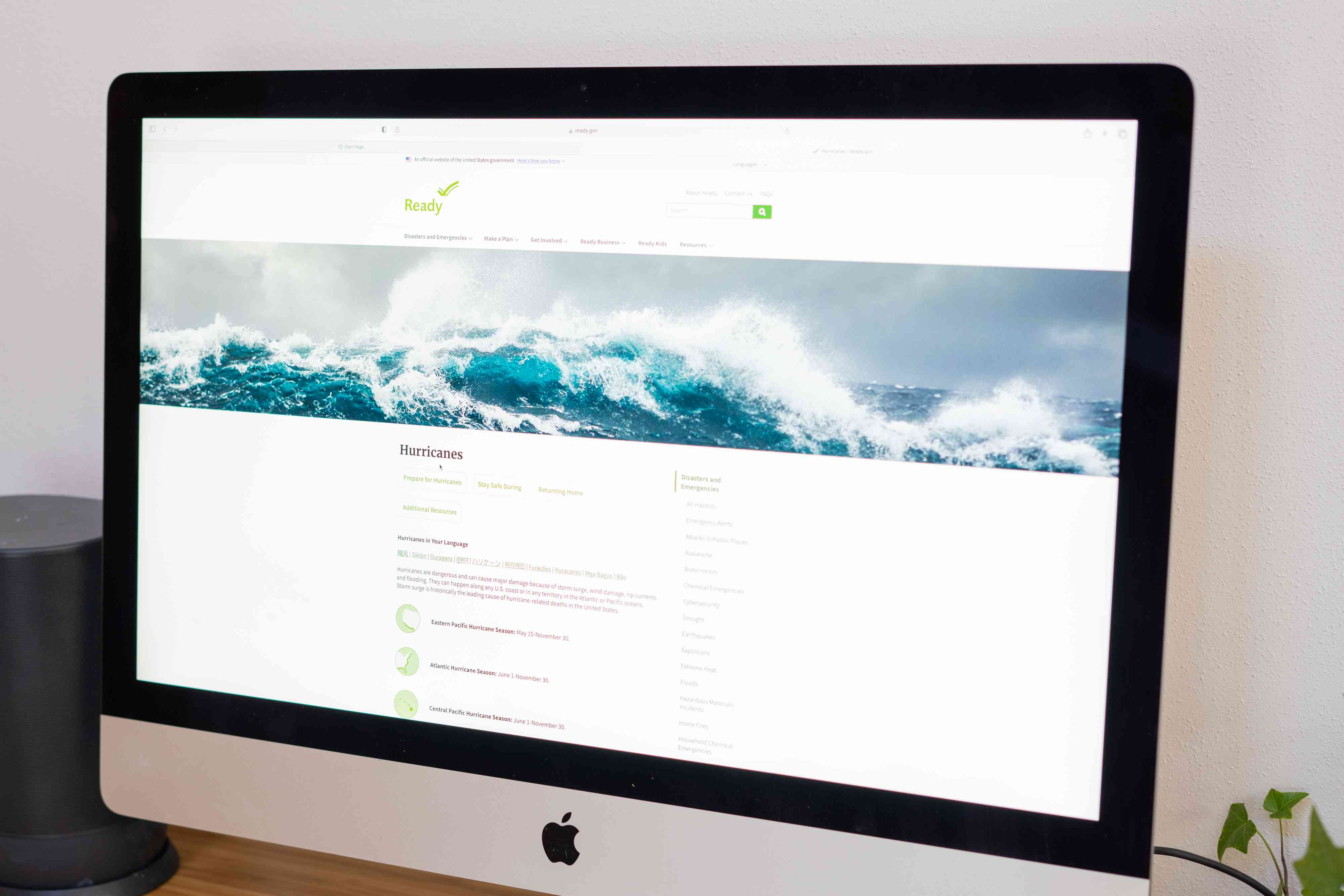 Computer monitor with website for storm preparedness