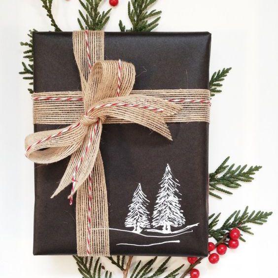 Papel de regalo de pizarra con diseño de árbol