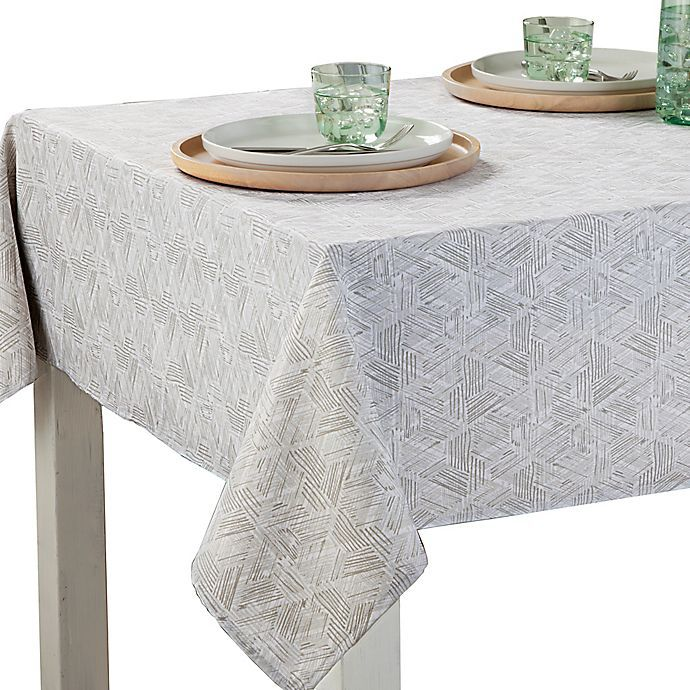 Bed Bath & Beyond Textured Diamond Indoor/Outdoor Table Linen Collection
