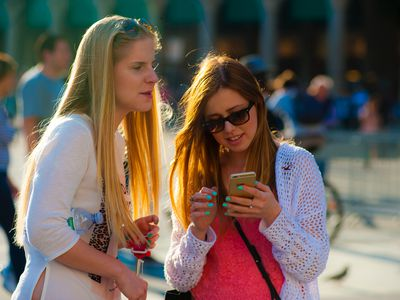 cell phone manners in public