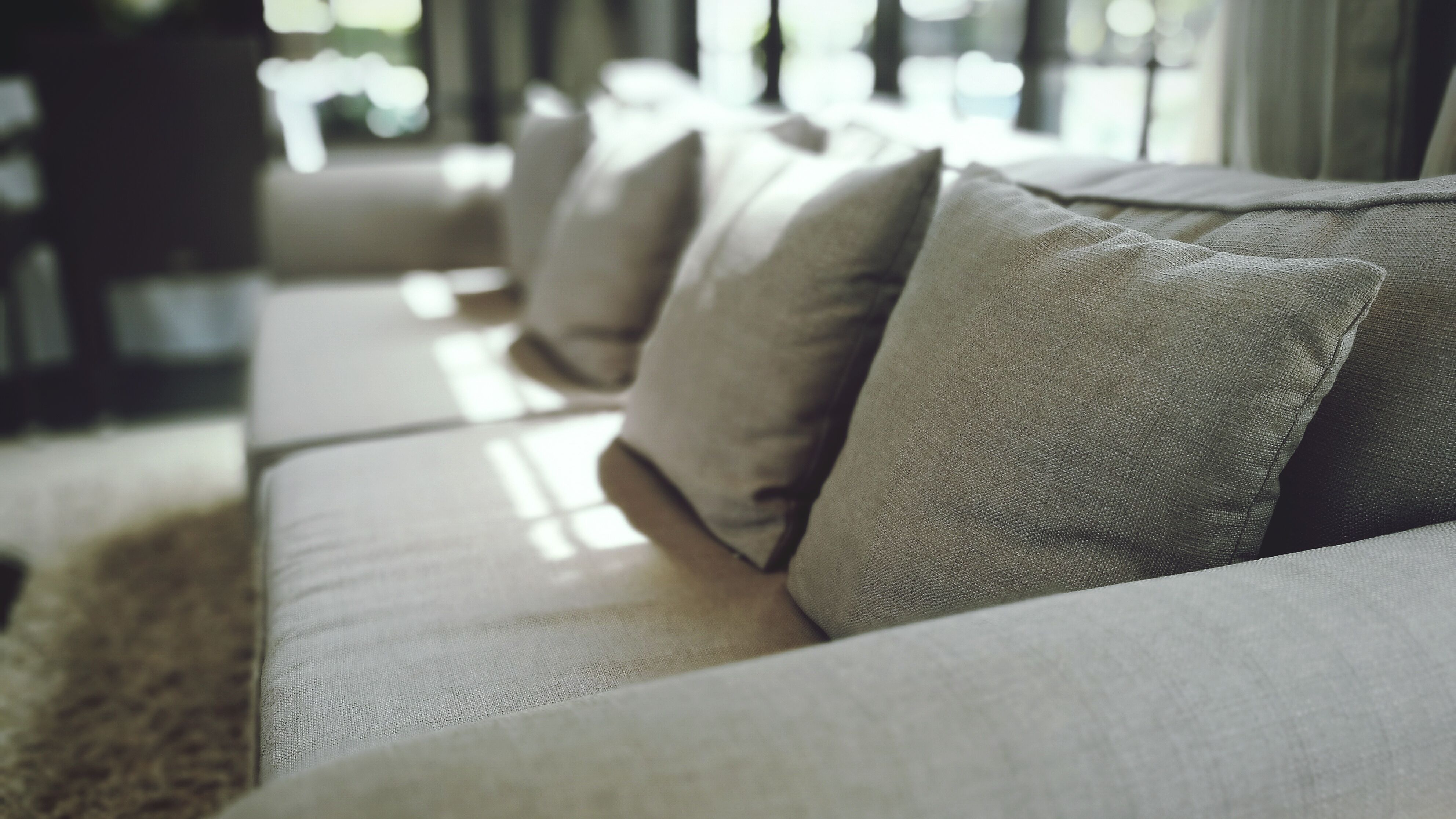 Picture of: Types And Terminology Of Sofa Parts