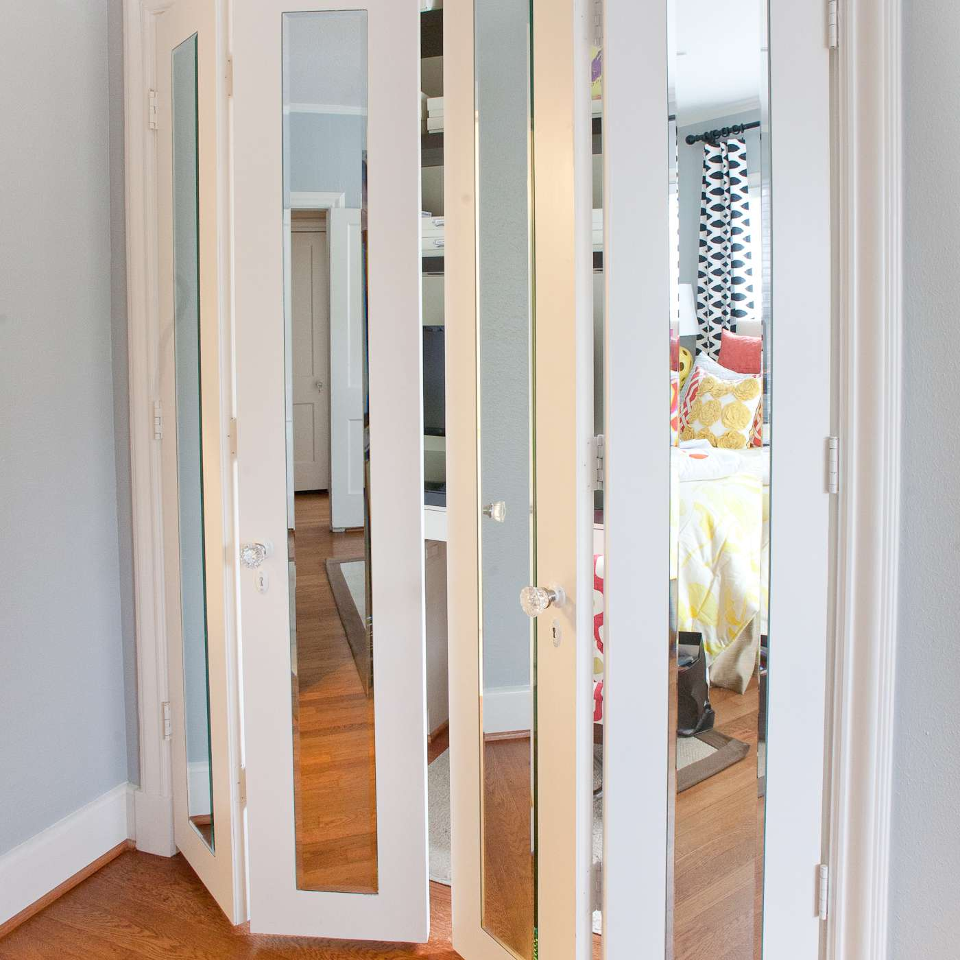 5 Creative Ideas For Bedroom Closets