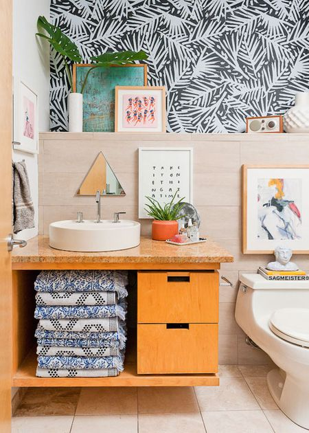 . 15 Bathroom Wall Decor Ideas