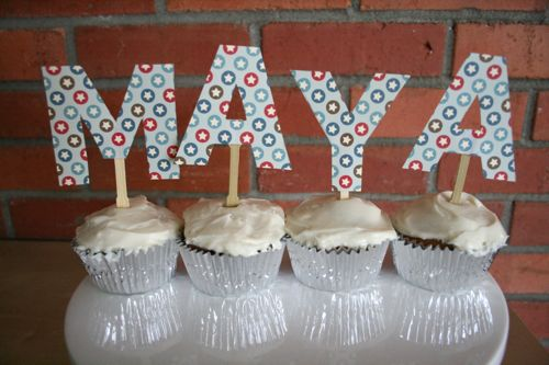 how to make alphabet and letter cupcake toppers