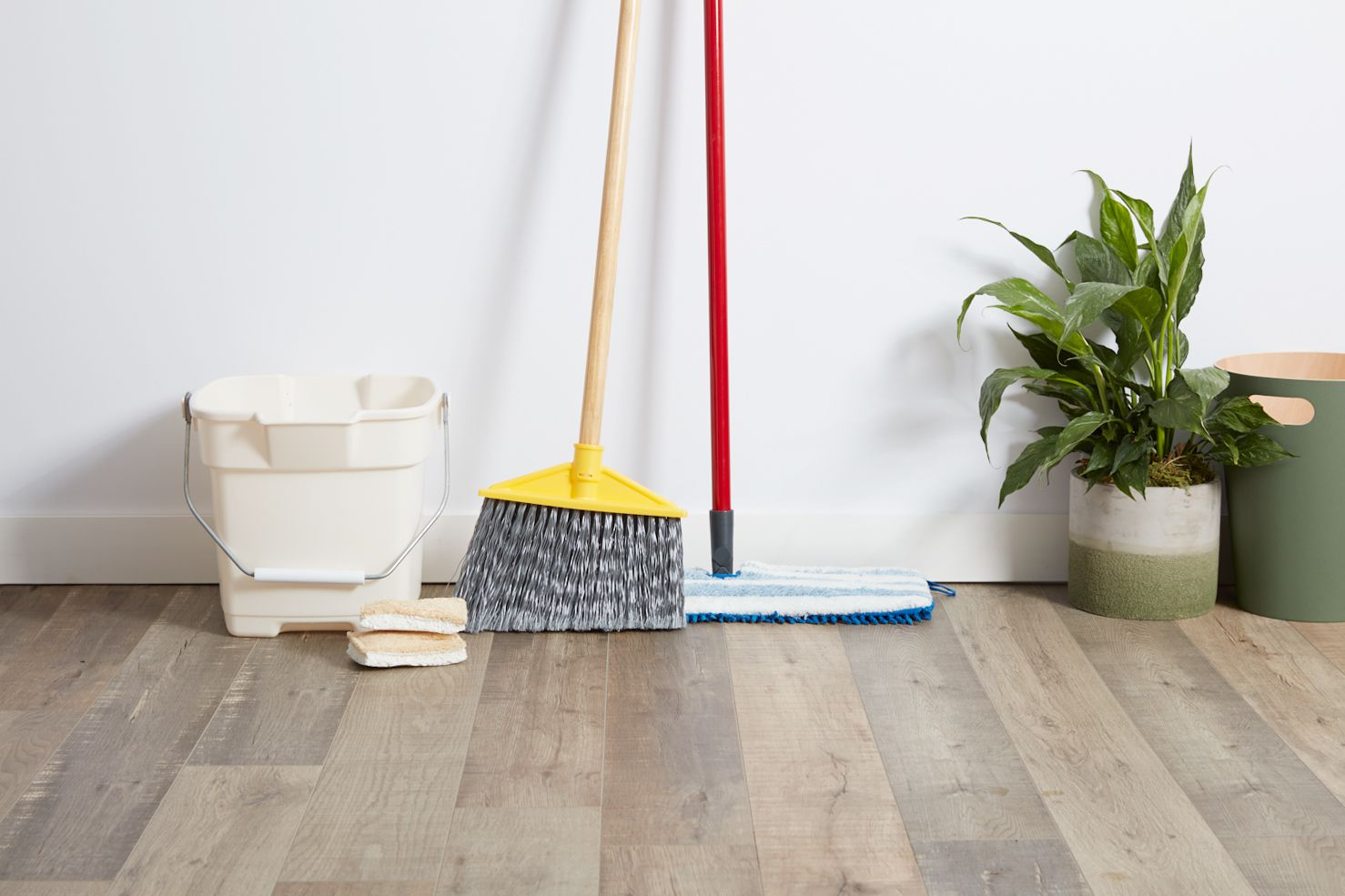 Cleaning supplies for laminate floor