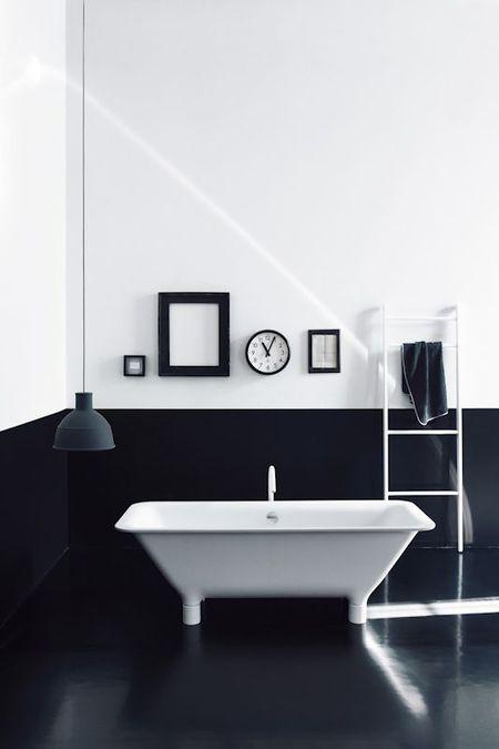Bathroom Floor Black Tile